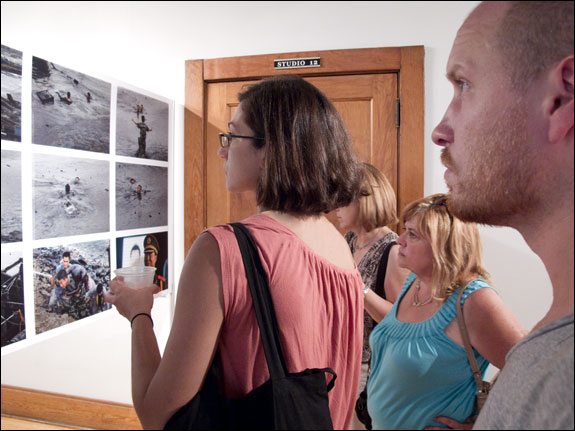World Press Photo returns to the LOOK3 Festival. Courtesy, © Susan Katz 2011