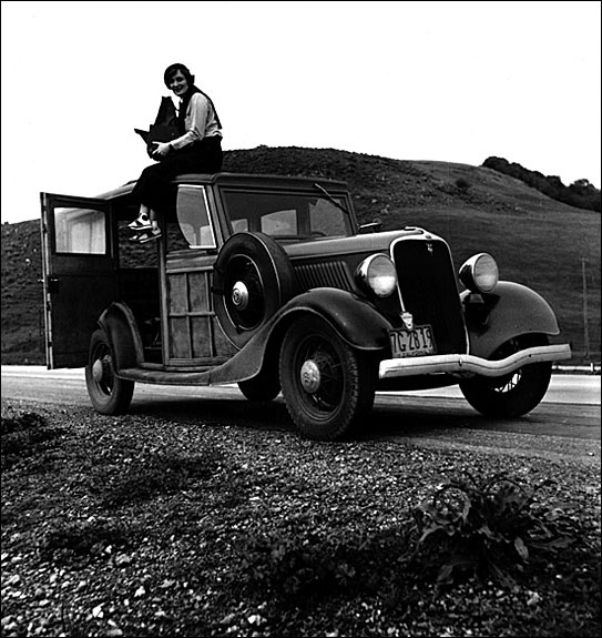 Dorothea Lange, FSA (Farm Securities Administration) photographer, in California. Courtesy, Library Congress Prints and Photographs Department, 1936