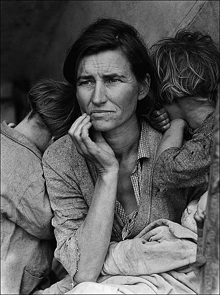 Dorothea Lange, Destitute pea-pickers in California; a 32-year-old mother of seven. Library of Congress Prints and Photographs Division, 1936